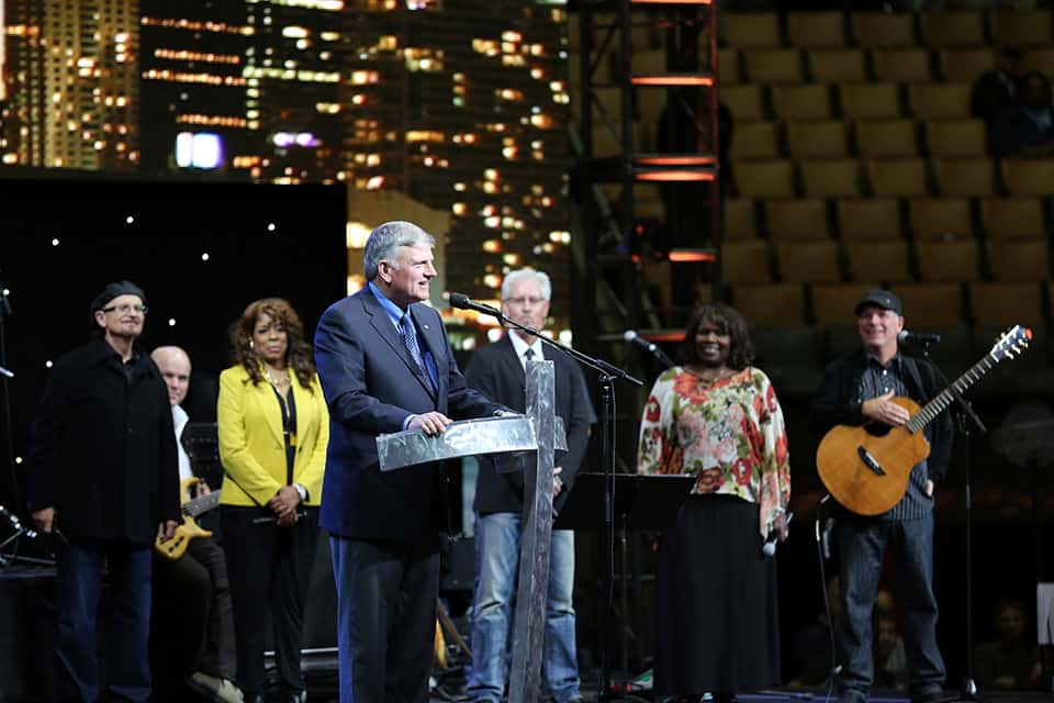 Franklin Graham with the Tommy Coomes Band
