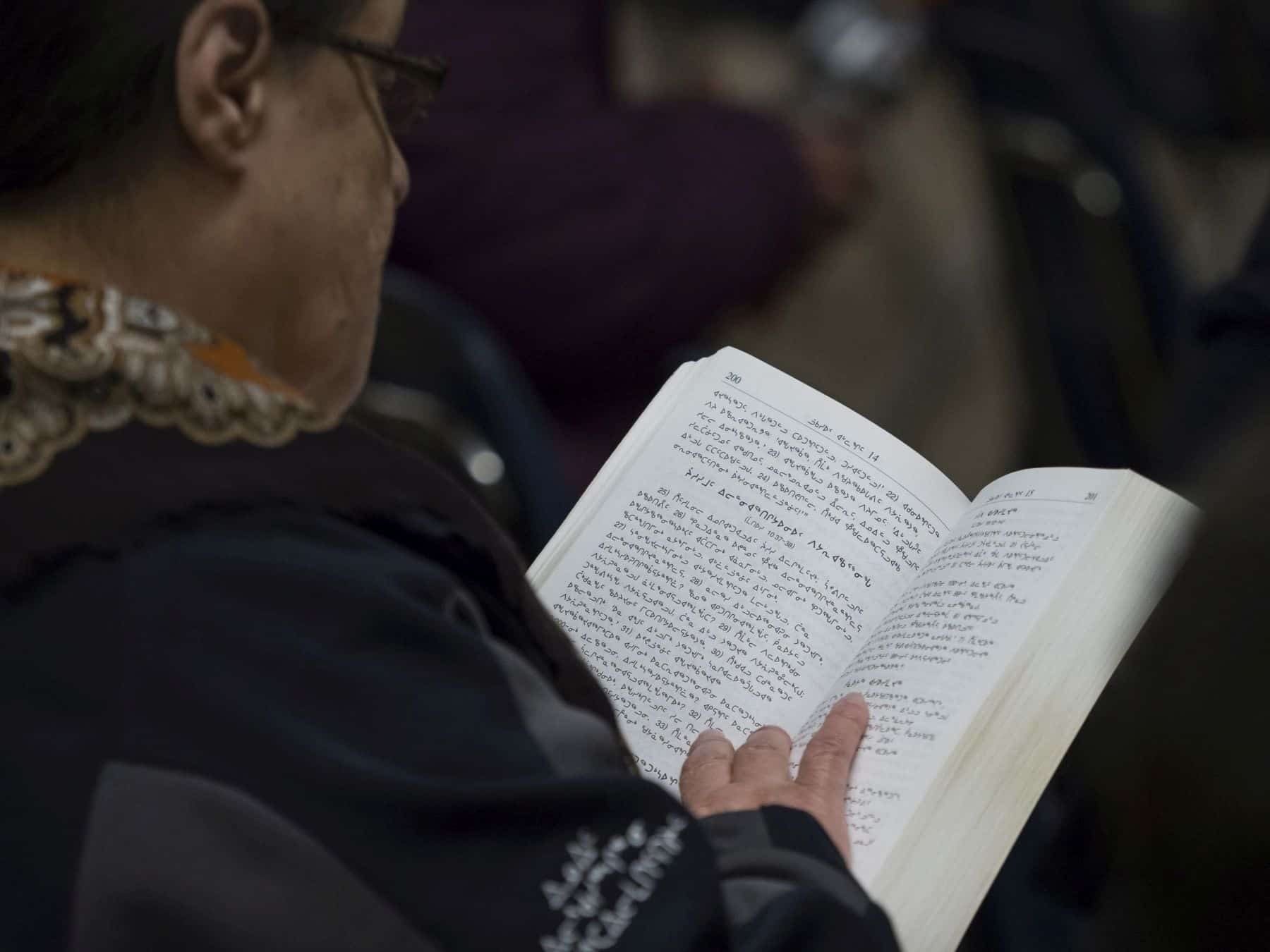 READING THE BIBLE IN INUKTITUT