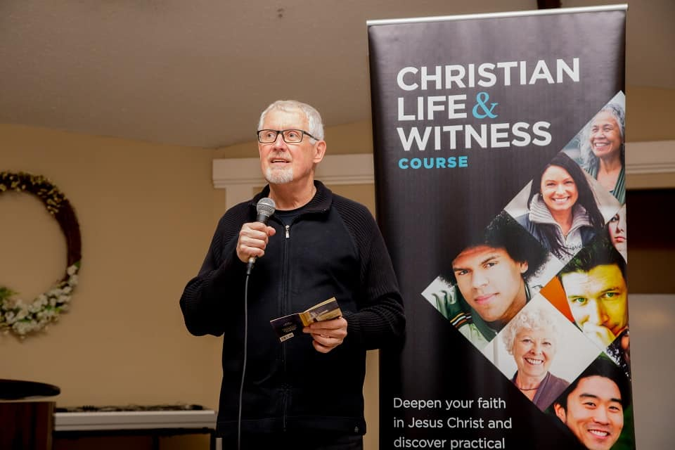 Guest instructor David Macfarlane helps participants deepen their walk with Jesus Christ.